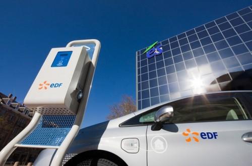Test de la Toyota Prius hybride rechargeable à Strasbourg