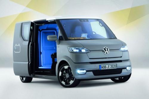 Le systeme de double-portes coulissantes automatiques sur la Volkswagen eT!