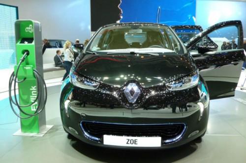 http://images.voiture-electrique-populaire.fr/wp-content/uploads/2012/03/reservation-renault-zoe-ze-500x332.jpg