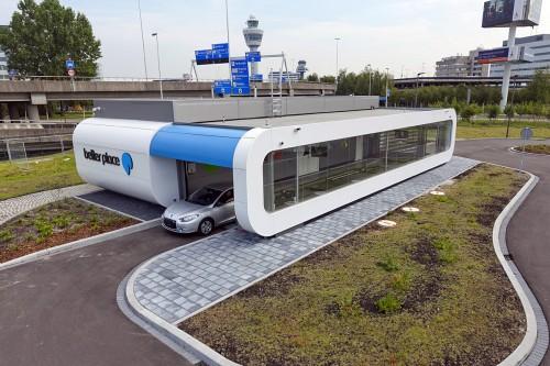 station d'échange de batterie Better Place pour les taxis électriques d'amsterdam