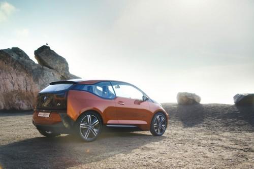 La BMW i3 enregistre déjà 100 000 demandes d'essai