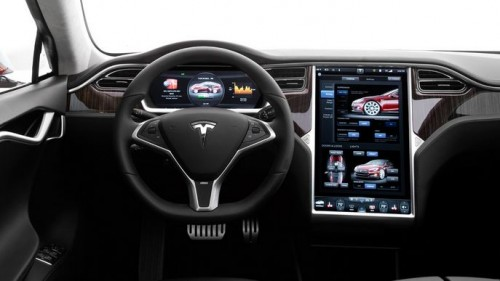 voiture électrique automatique Tesla