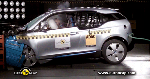 Le crash test de la BMW i3