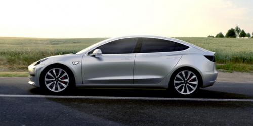 Tesla va dévoiler un camion électrique en septembre
